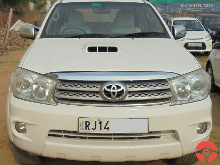 2011 Toyota Fortuner 3.0 4x4 Manual