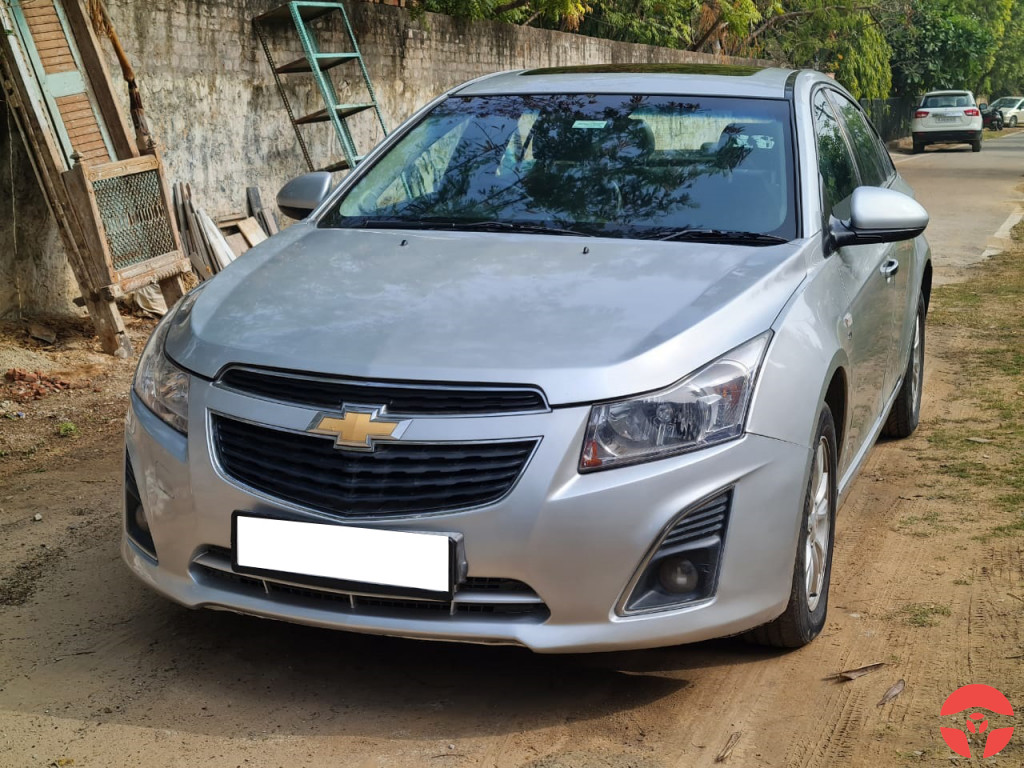 Buy Used 2013 Chevrolet Cruze in Jaipur