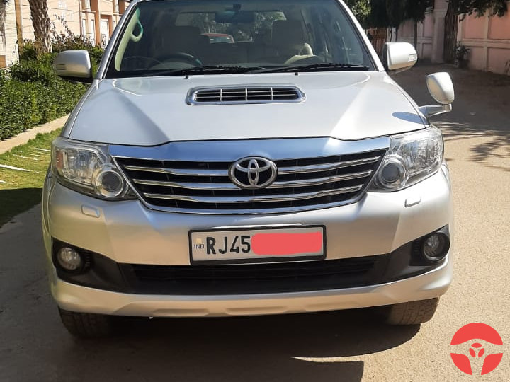 2013 Toyota Fortuner 3.0 Manual